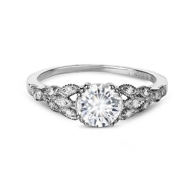da7381385 Zanyah™ Vintage Solitaire Diamond Ring | Forevermark