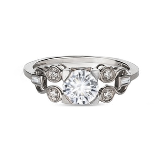 Zanyah™ Vintage Solitaire Diamond Ring